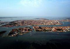 veneciyc.jpg