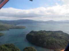 Курильское озеро с вертолёта. Камчатка.jpg