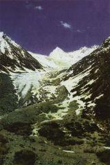 Ледник по дороге из Кашмира в Ладакх. 1876г