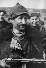 Дмитрий Игнатович: Снайпер Кузьма Захаров