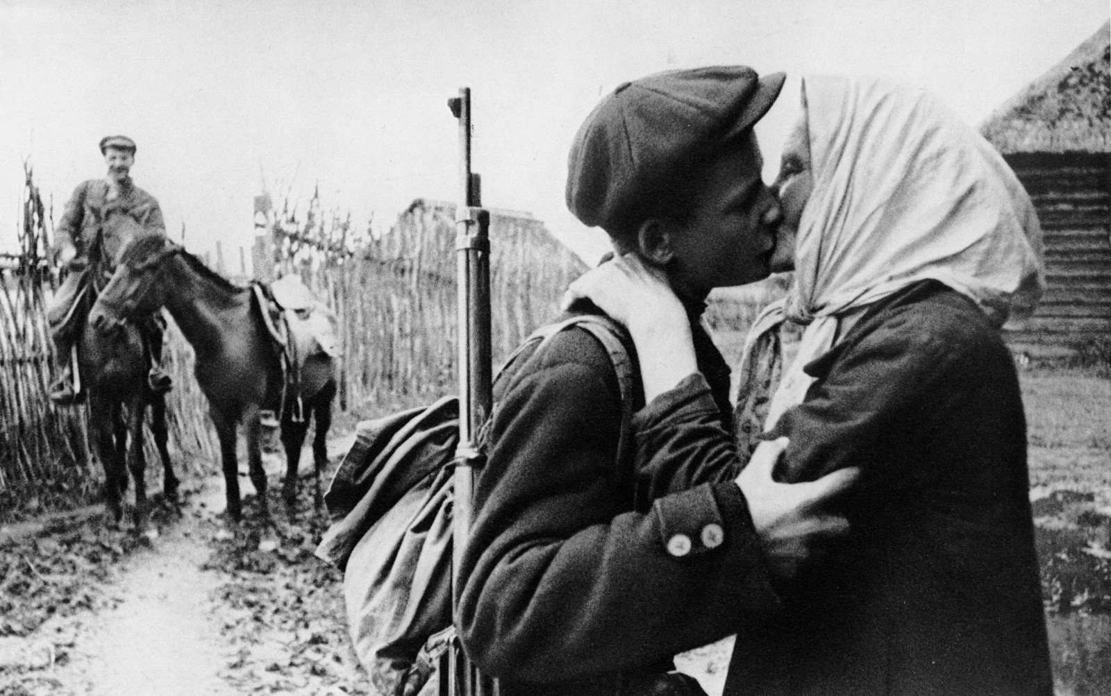 Михаил Трахман: Прощание с матерью