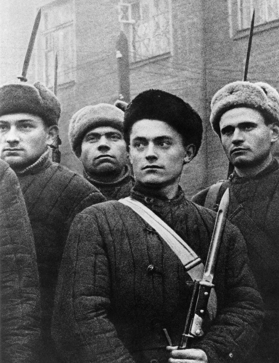 Александр Устинов: Бойцы рабочего батальона Москва