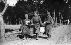 Ходили получать посылки. 1915 г. Сергей Корсаков