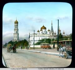 Перспектива Московского проспекта с видом на Новодевичий монастырь