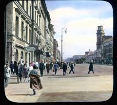 Невский проспект, перспектива улицы с башней Городской Думы справа