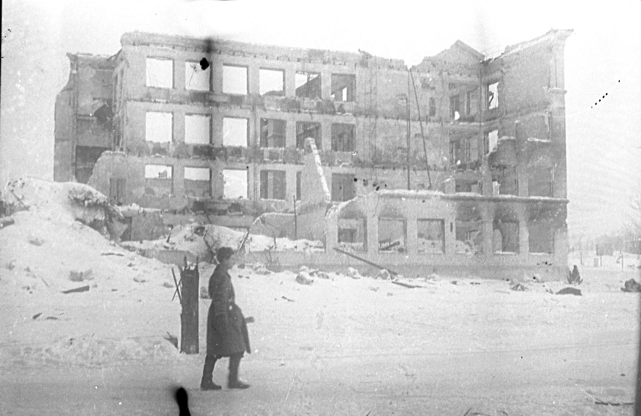 Сталинград 1943 год на снимках В. Булычева