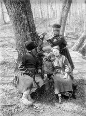 Будаки. Фото Максима Дмитриева, 1895 г.
