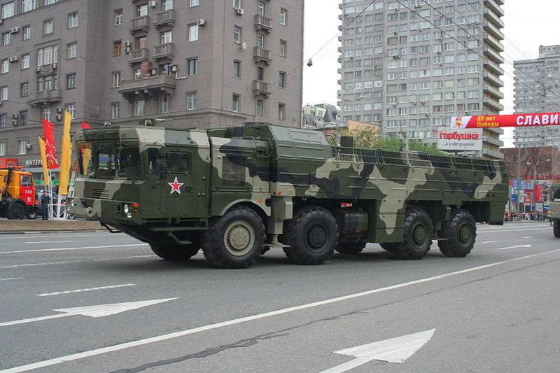 800px-Moscow_Victory_Parade_2010_-_Training_on_May_6_-_img06.thumb.jpg.c73b1c3715f9d0220ac73defb47b2842.jpg