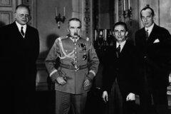 Ганс-Адольф фон Мольтке, Юзеф Пилсудский, Йозеф Геббельс и Юзеф Бек в Варшаве 14 июня 1934 г.