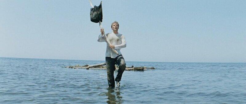 Миронов идёт по воде..jpg