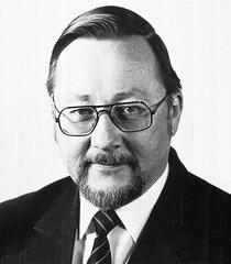 Витаутас Ландсбергис - организатор массового убийства людей в Вильнюсе в 1991 г.